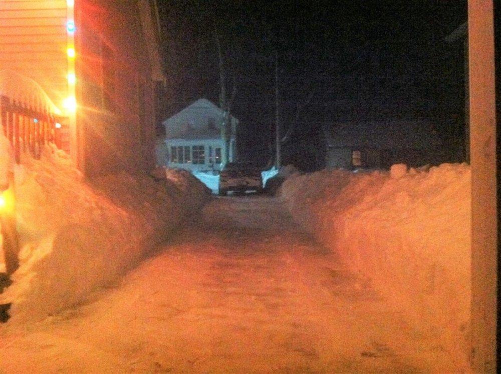 Driveway Jan 6, 2014.jpg