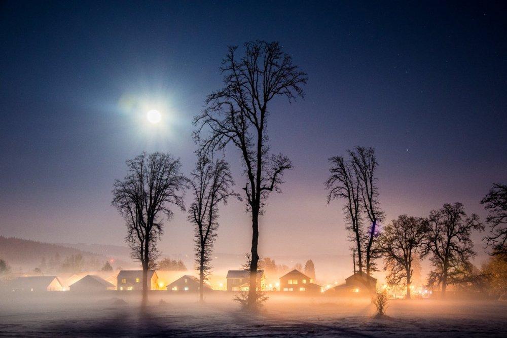74. G Moon, Snow and Fog Battle Ground.jpg